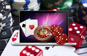 How should a beginner choose an online casino website as safe as possible?